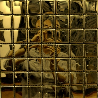Mosaico Dorado Square Brillante 25x25